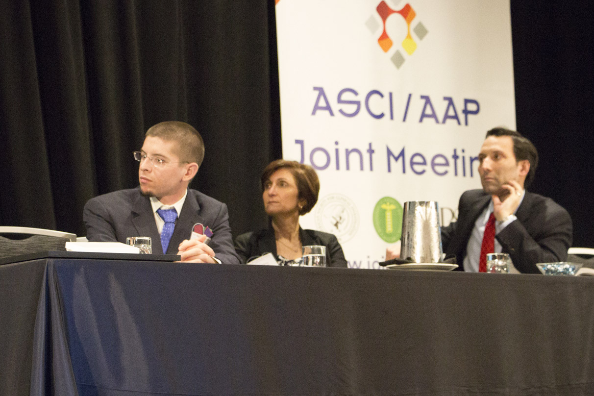 UConn MD/PhD student and APSA President-Elect Alex Adami (far left) co-moderating the Cool Tools and Forward Technology plenary session of the AAP-ASCI-APSA Joint Meeting